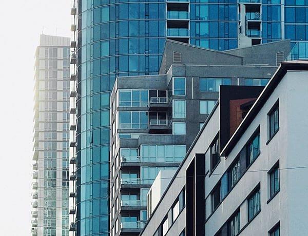"""El sector inmobiliario también espera un impacto negativo del """"dólar tarjeta"""""""